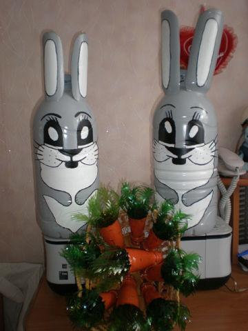Как из бутылки сделать зайца