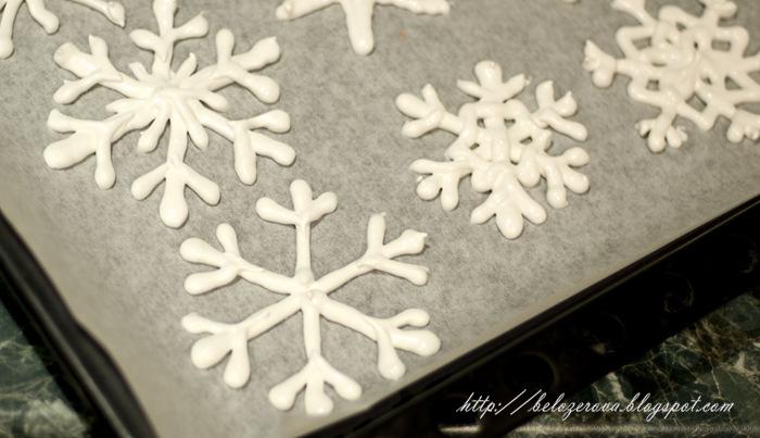 Снежинка своими руками для торта