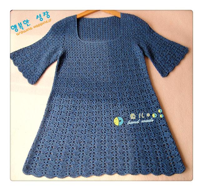 будет расклешённое детское платье спицами продаже