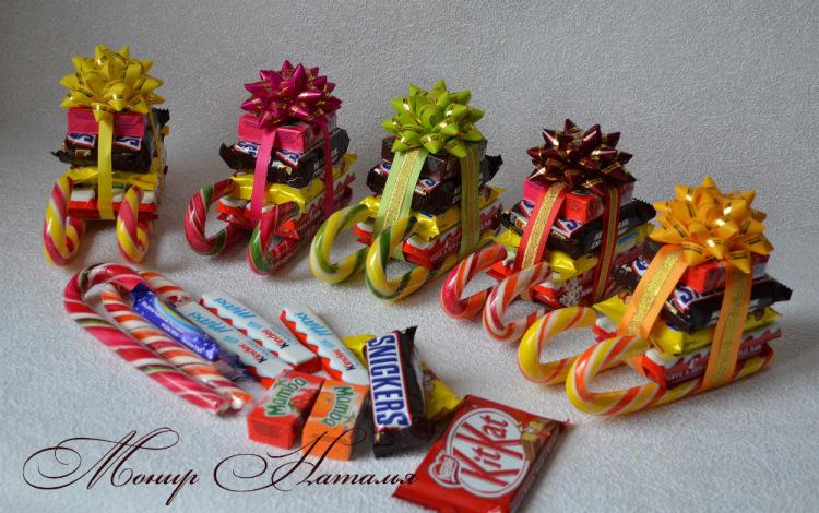 Сани санты из конфет
