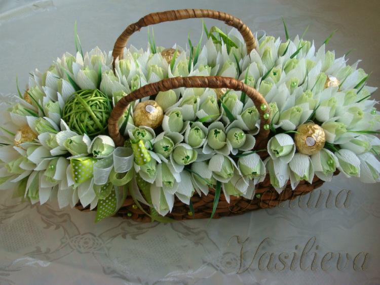 Цветы из конфет своими руками подснежники 37