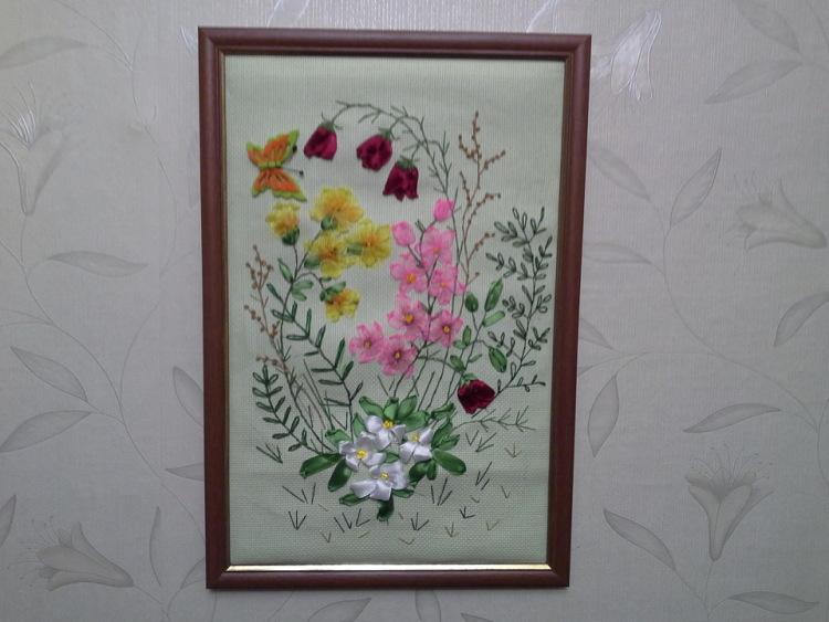 Вышивка лесные цветы