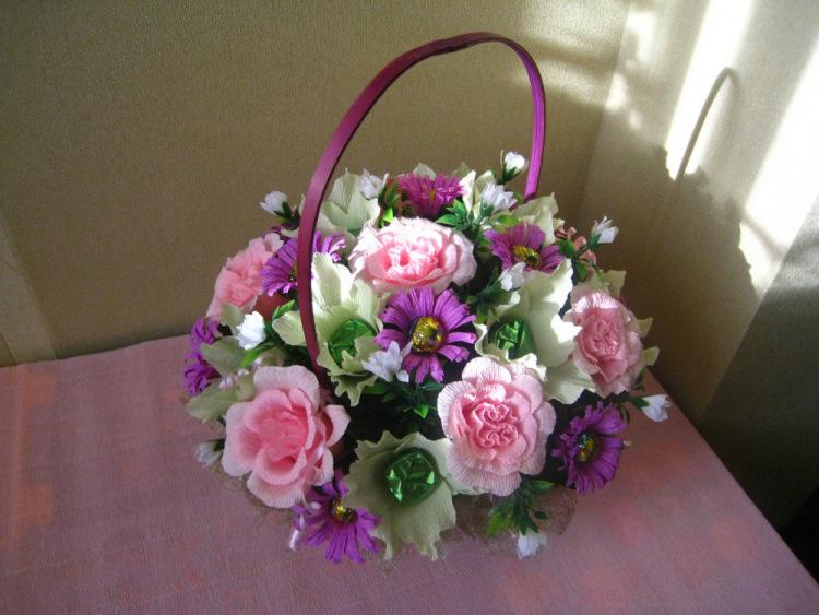 Букет цветов из гофробумаги своими руками 161