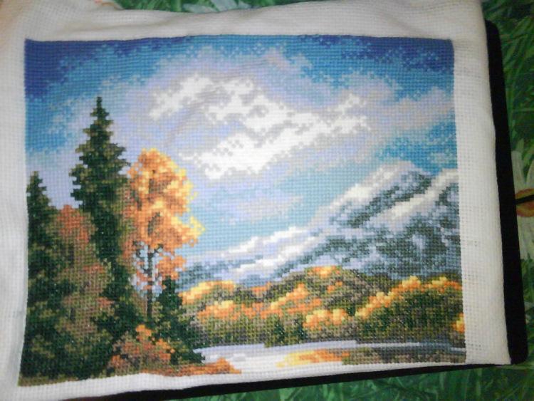 Вышивка горы и озера 82