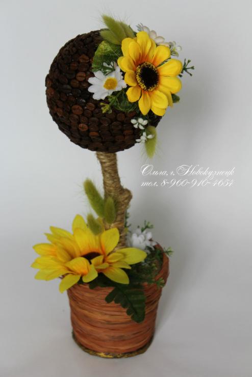 Фото топиарий из кофе с цветами